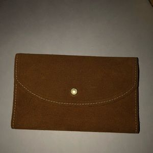 NWOT Brown suede wallet with tons of organization